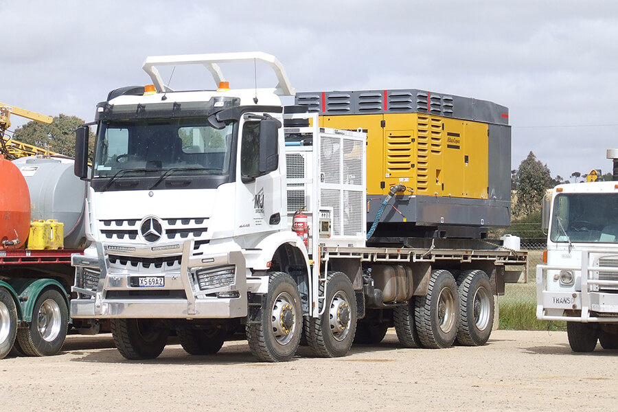 MJ Drilling Support Vehicle